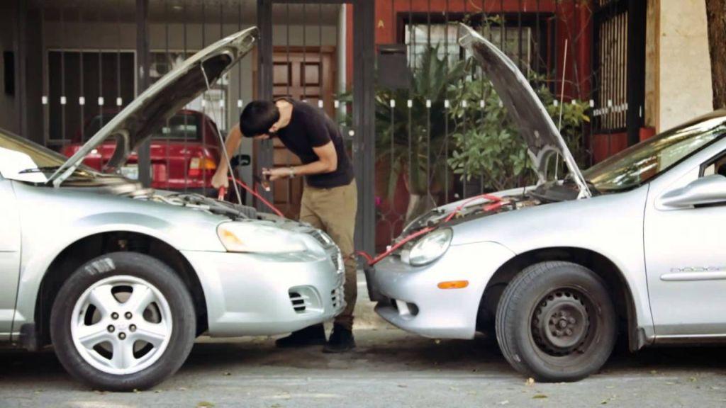 porque se descarga la bateria de tu carro